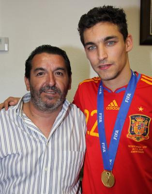 Con el campeón